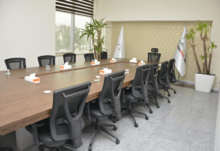 tarinnet-meeting room